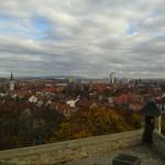 Blick von der Erfurter Zitadelle Petersberg über die Stadt bis zum Etterberg bei Weimar